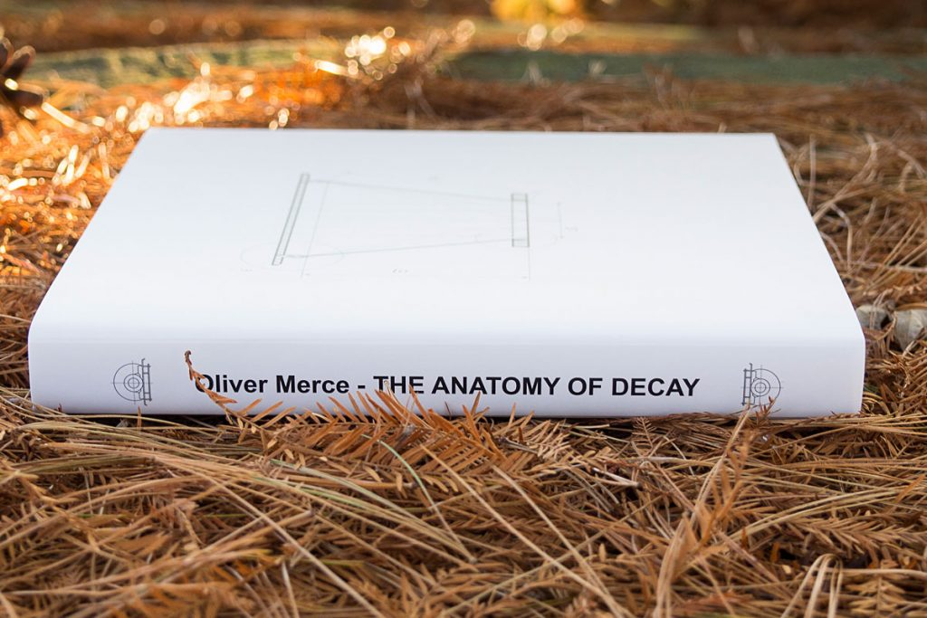 oliver-merce-the-anatomy-of-decay-pb (2)